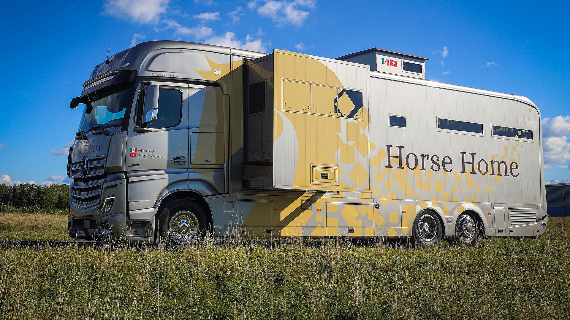 Inter Horse Truck